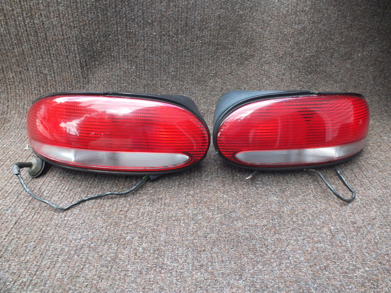 1996-2000 convertible chrysler sebring tail lights with wiring harness